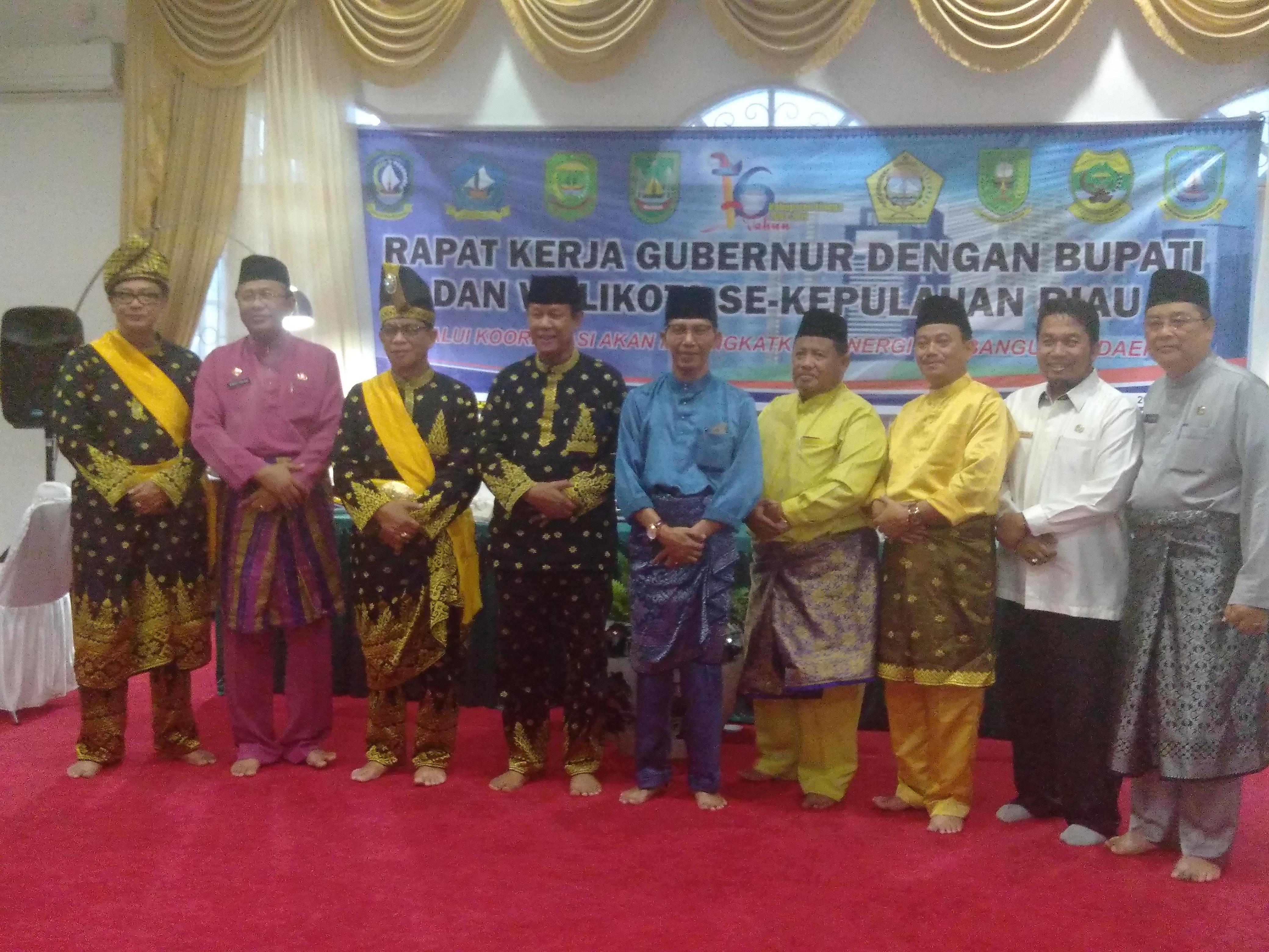 Rapat Kerja Gubernur dengan Bupate dan Walikota S-Provinsi Kepulauan Riau - HUT Kabupaten Lingga